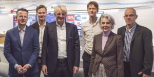 Professors Cees Snoek and Theo Gevers, CEO of TomTom Harrold Goddijn, Willem Strijbosch of TomTom, rector magnificus Karen Maex and director of the Informatics Institute Marcel Worring.